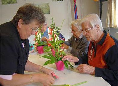 Voorkeur Help senioren met creatieve activiteiten - Aanzet #TB04