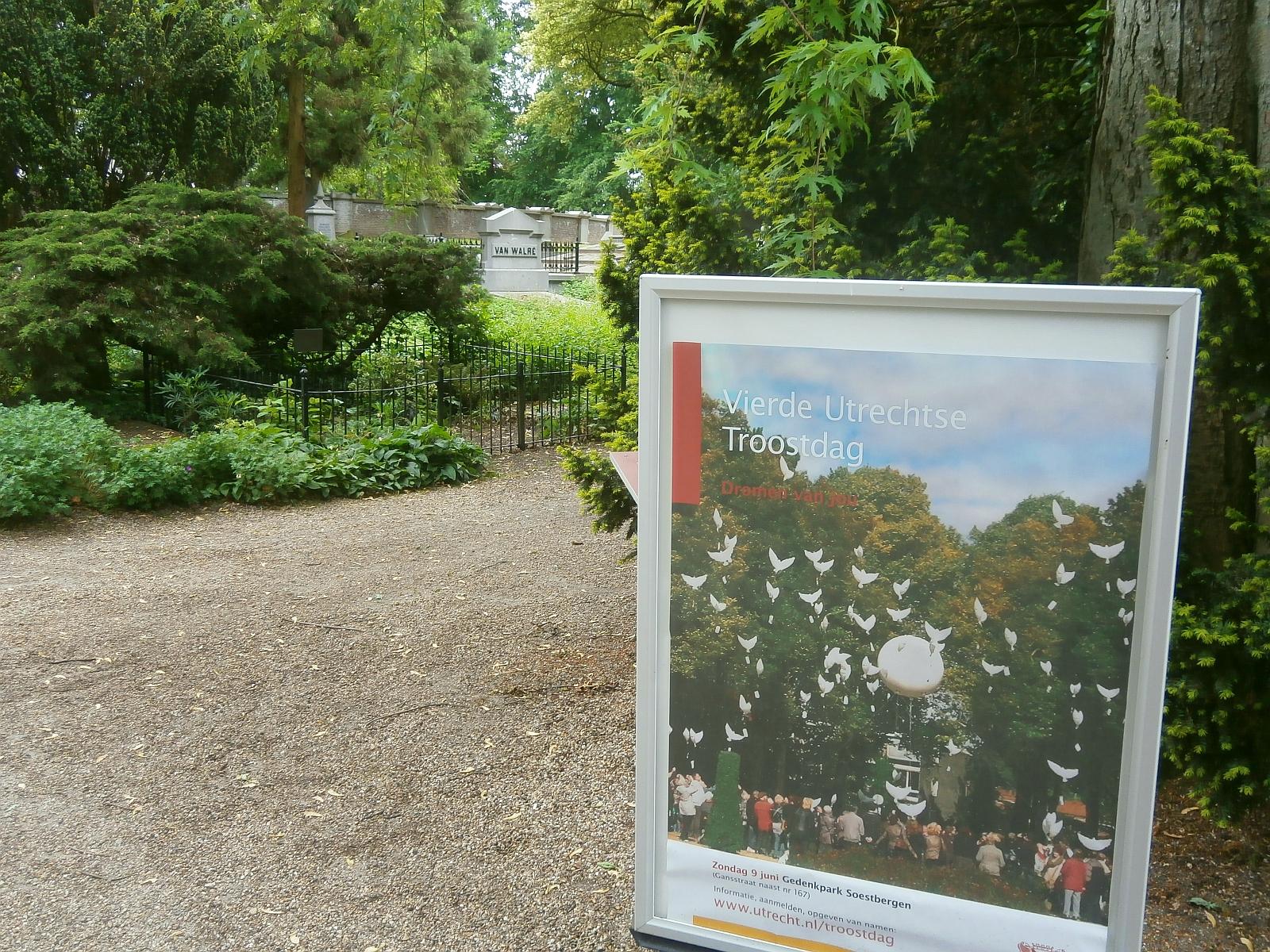 Soestbergen begraafplaats Troostdag